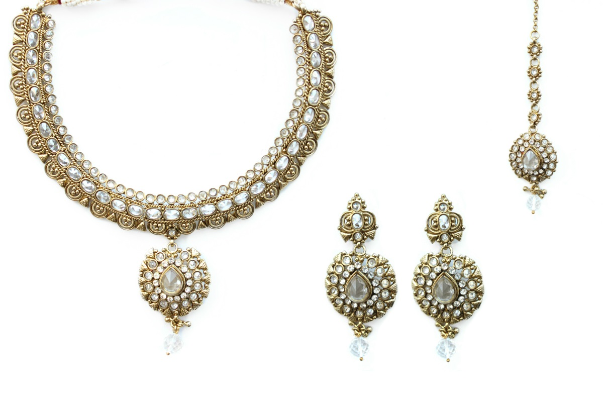 INDIAN JEWELRY BRIDAL SET UTPALA
